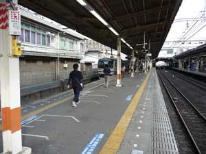 http://geo.d51498.com/straphangerseye/narashinohara/contents/report/sobu/11cars003.jpg